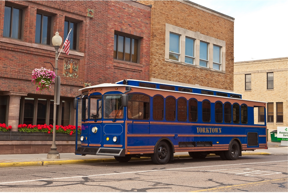 Hometown Trolley- Mainstreet